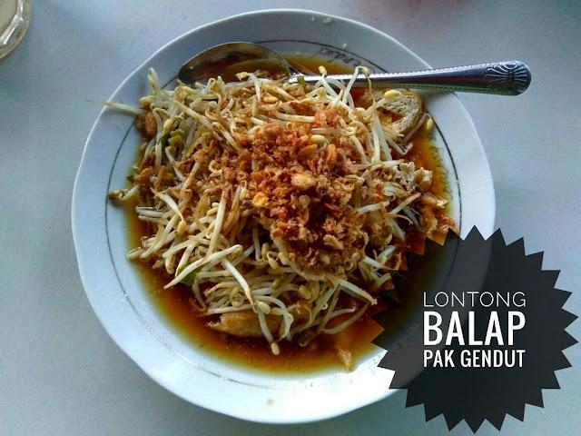 Makan Lontong Balap Pak Gendut di Surabaya