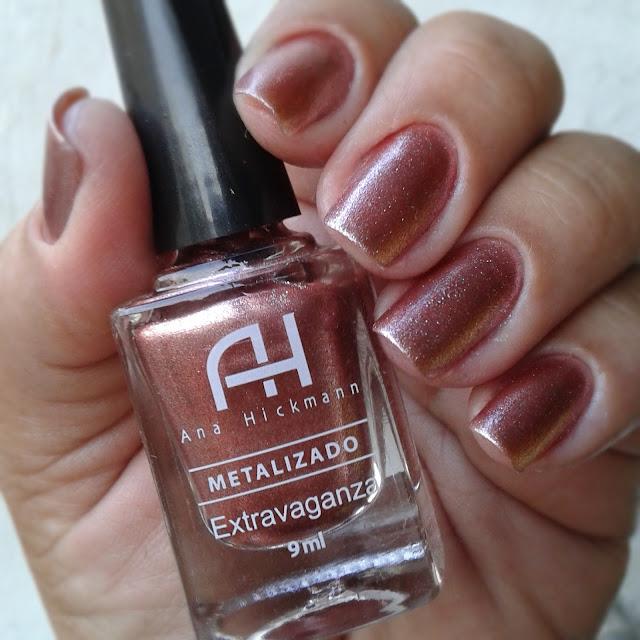 6c624594e11f4 Extravaganza - Ana Hickmann é assim, esmalte metalizado rosadinho, meio  cobre  Então, não sei definir ao certo, só sei que gostei.
