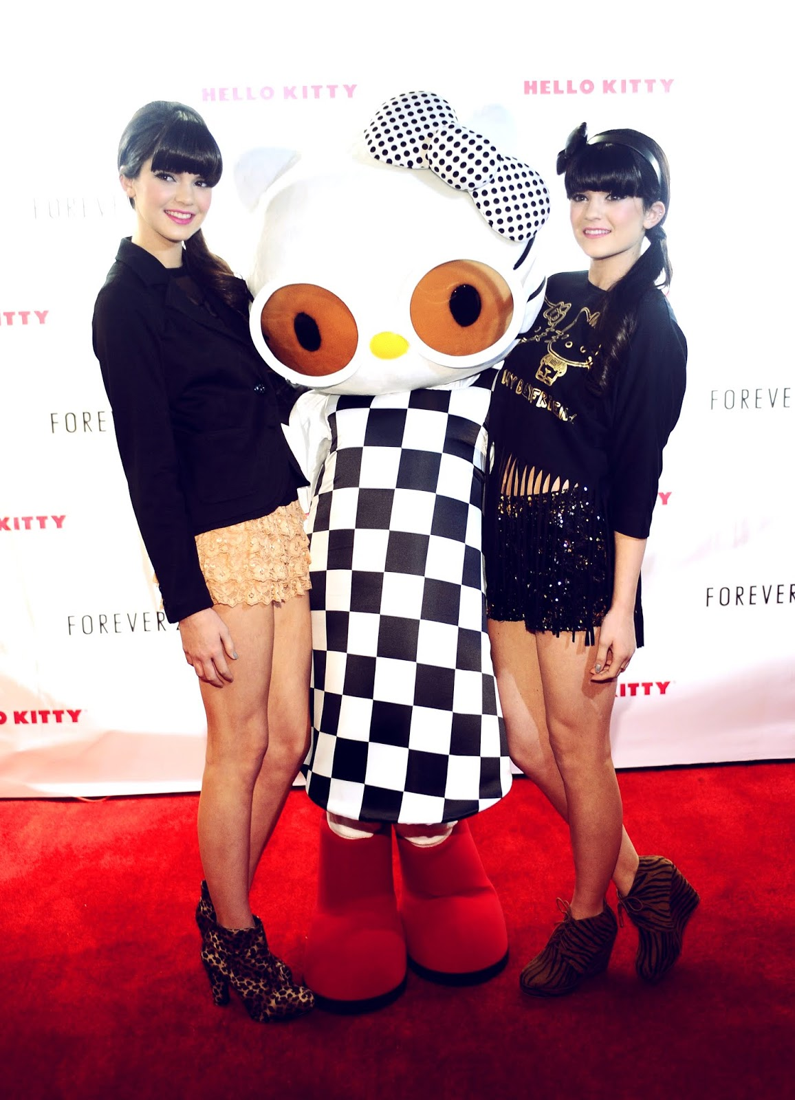 2 - Forever 21 For Hello Kitty Collection Launch Party Red Carpet in November 17, 2011