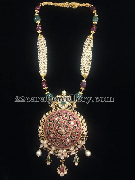 Pearls Chain Round Temple Pendant Jewellery Designs