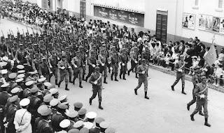 Desfile en Sidi Ifni (1964)