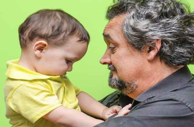 Sopan santun itu penting sehingga kamu wajib mengajari anak bagaimana bersikap di hadapan orang lain
