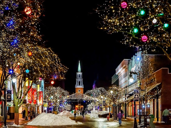 Best U.S. Cities To Experience At Christmas 🎄