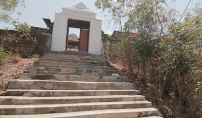 Petilasan Gunung Srandil Jambon Ponorogo