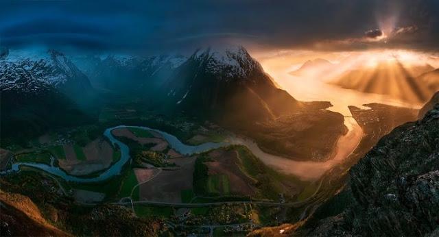 Photos of Unbelievable Magical Mountain