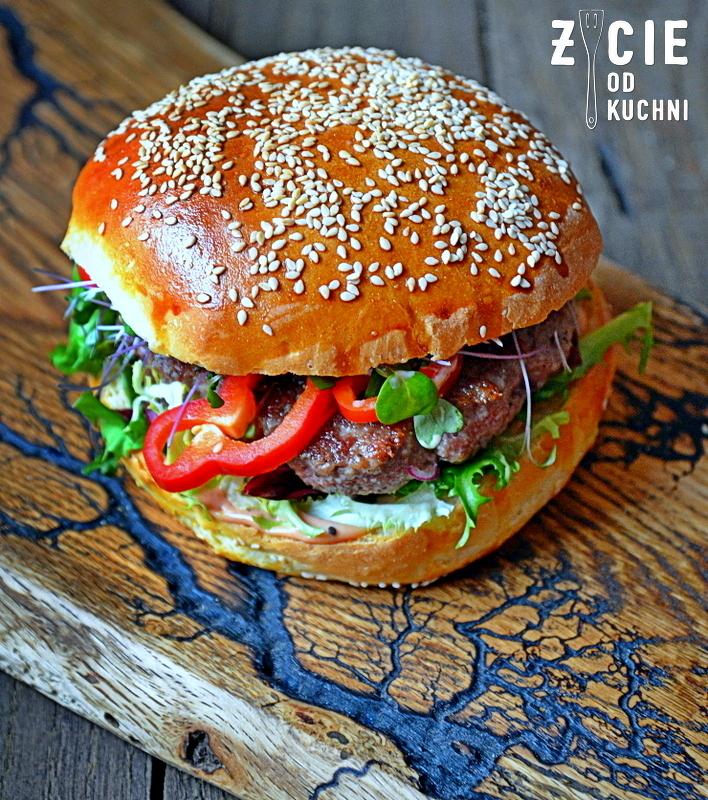 burger, burger domowy, jak zrobic burgera, mieso do burgera, bulki do burgera, zycie od kuchni