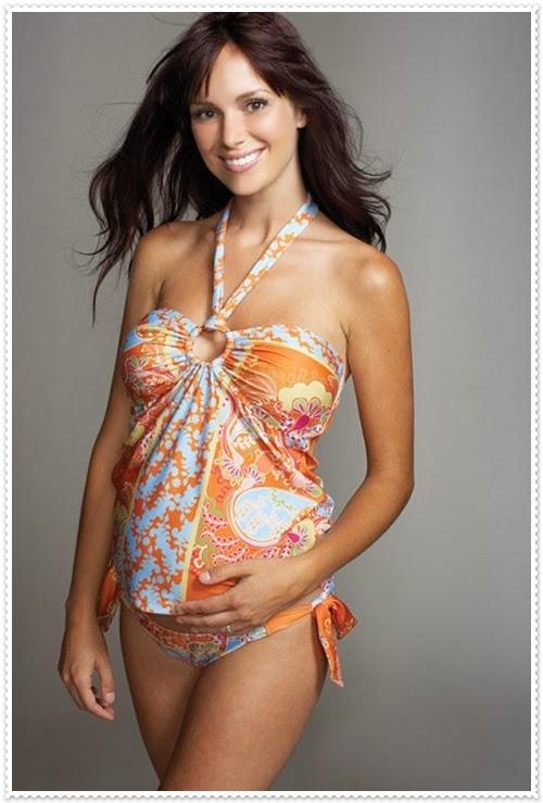 Bademode für Schwangere Frauen