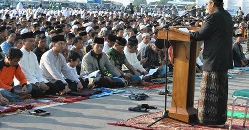 Teks Khutbah Idul Adha Sedih Sejarah Hikmah Qurban Terbaik
