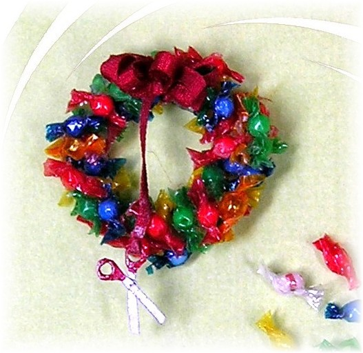 DYI DOLLHOUSE MINIATURES: A CANDY WREATH