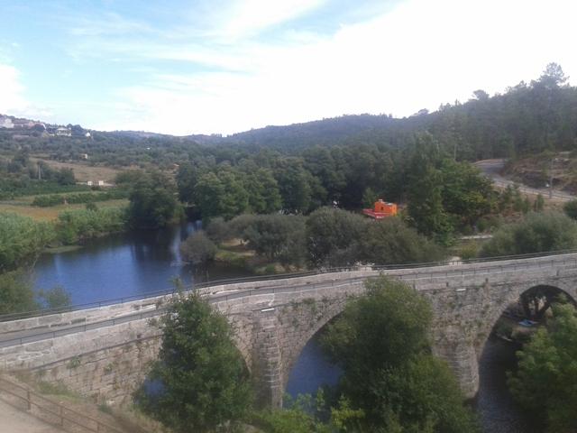 Ponte Romana sobre o Rio Dão em Ferreirós do Dão