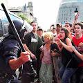Desalojo de la Plaza Cataluña de los acampados el 15-M