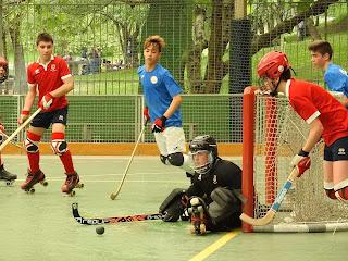 Hockey patines | Los infantiles, alevines, cadetes y juveniles del Gurutzeta apuran la competición