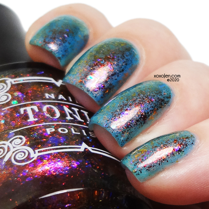 xoxoJen's swatch of Tonic Facet-nating