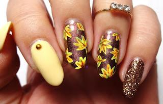 Golden Leaves Nail Art