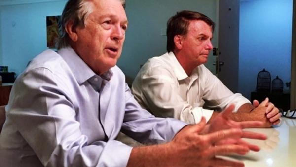 Bolsonaro pede para apoiador esquecer o PSL, e  que Bivar está queimado