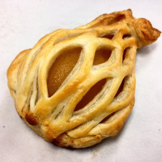 Poire en Cage - Poached Pear in Puff Pastry Cage