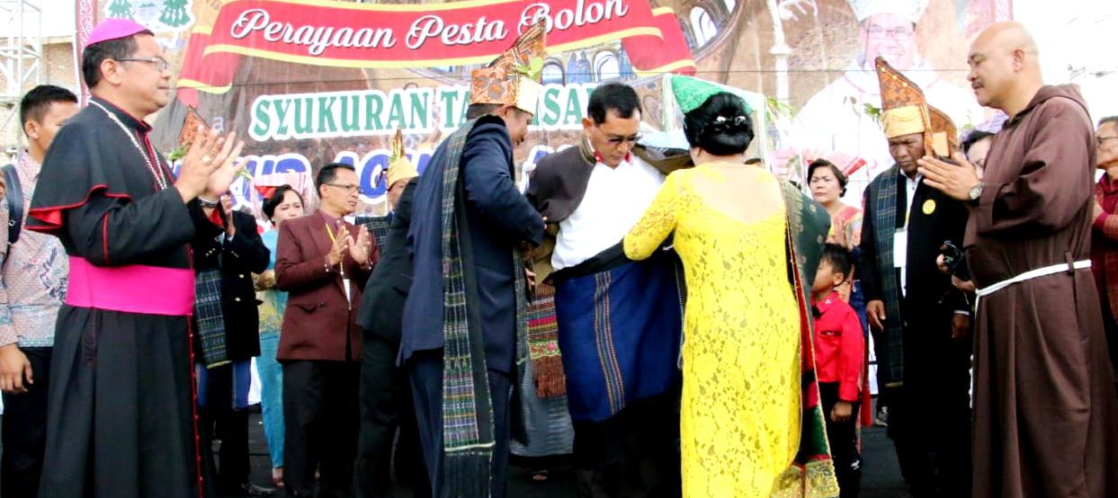 Bupati Simalungun Hadiri Perayaan Pesta Bolon Syukuran Tahbisan Uskup Agung Medan