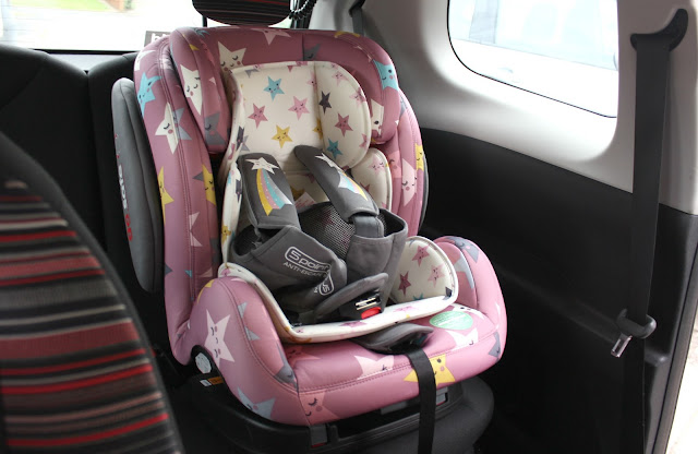 Cosatto Hug ISOFIX Car Seat Happy Stars Review