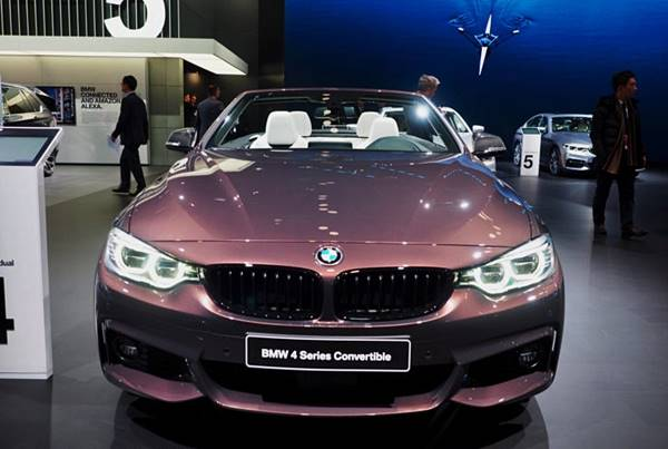 2017 BMW 440i Convertible in Smoked Topaz and with M Performance