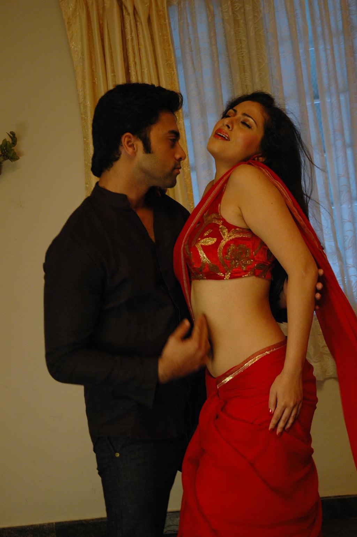 Mythili Tamil Movie Hot Stills  Telugu Songs Free Download-5387