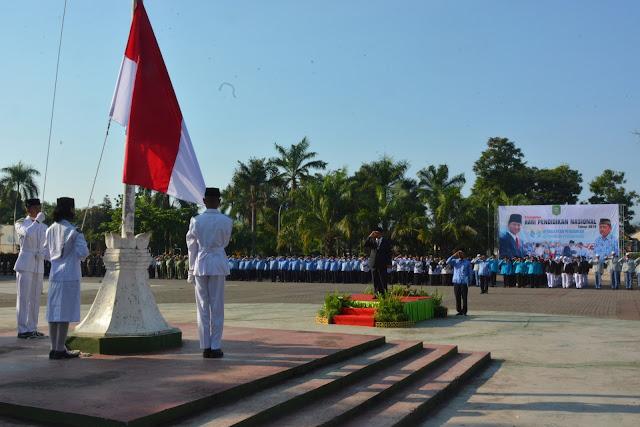 Plt. Sekda Pimpin Upacara Peringatan Hari Pendidikan Nasional