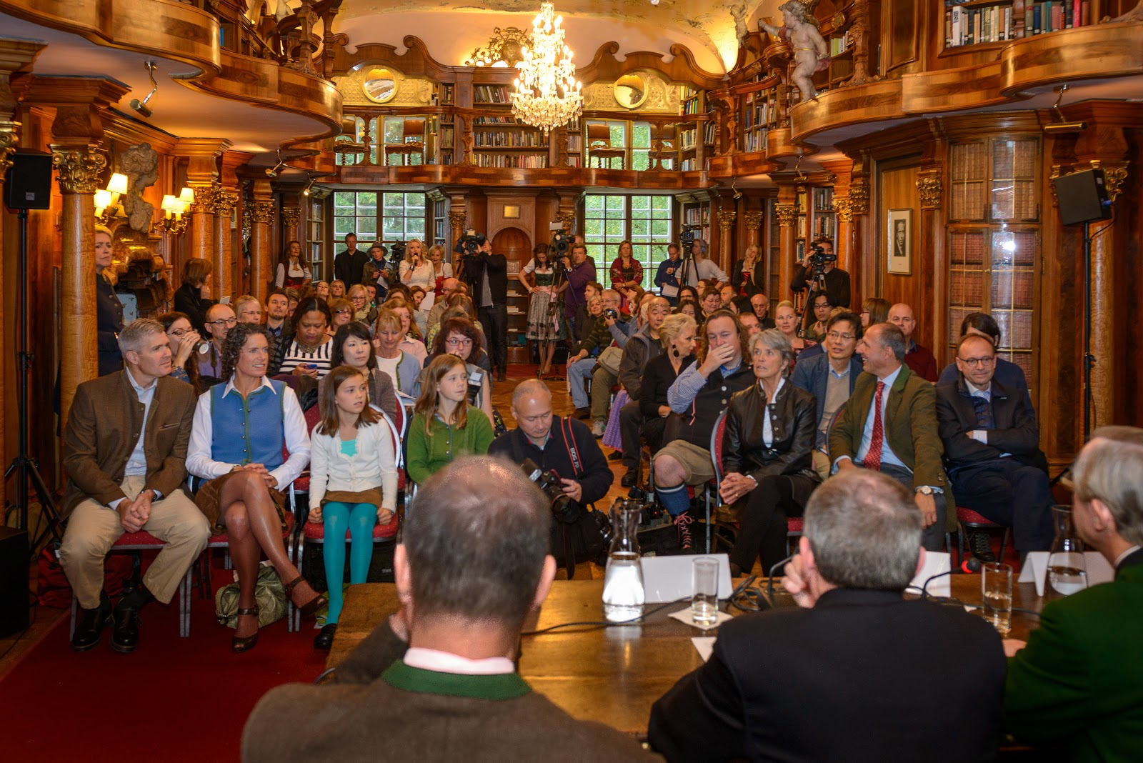 Press conference in the library at the Leopoldskron Castle in Salzburg, Austria. Do you see me? Photo: © Tourismus-Salzburg GmbH. Unauthorized use is prohibited.