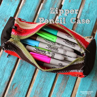 http://www.doodlecraftblog.com/2015/08/zipper-pencil-case.html
