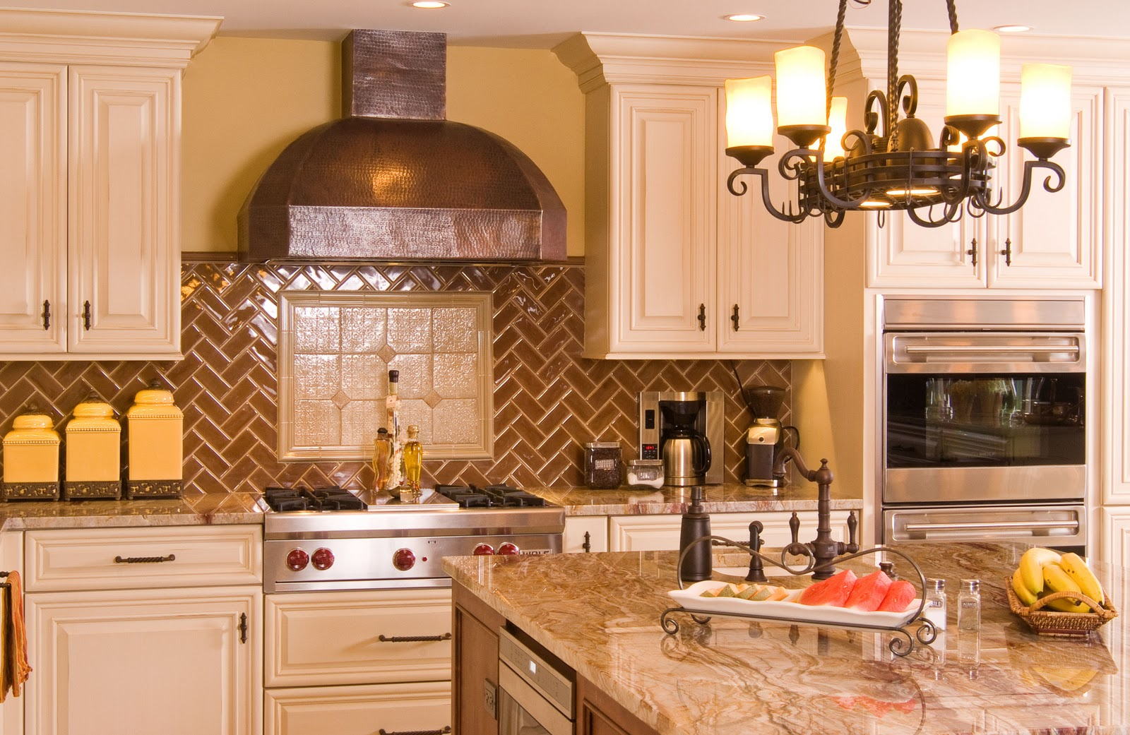 Kitchen/Bath: Custom Cabinetry