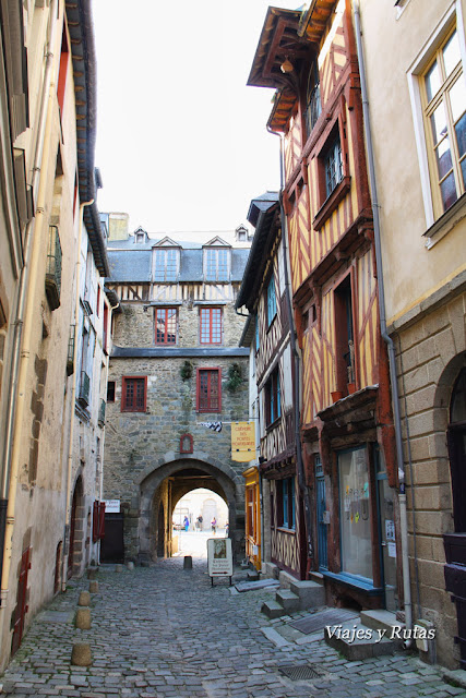 Puerta modelaise, Rennes
