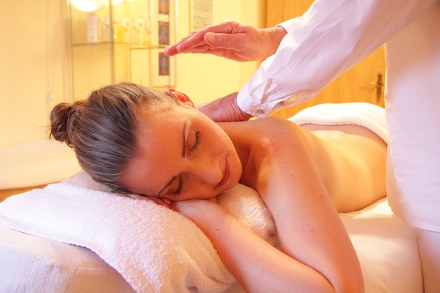 Benefits Of Massage In Durring The Summer Season