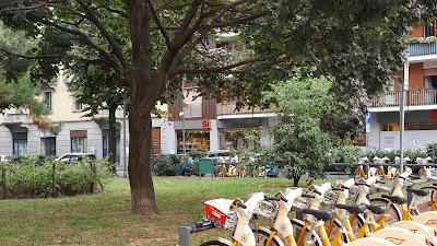 Rua próxima ao Bagliori Hotel