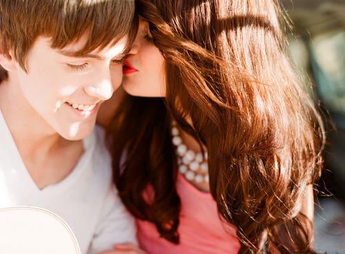 صور بوس رومانسية ساخنة HD خلفيات , صور , بطاقات , بوس عن ال واتس اب والفيسبوك