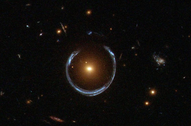 Bending of Light Quasars Gravitational Lensing LetsPhysics.com
