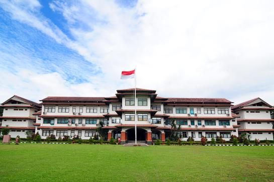 Islamic Boarding School Terbaik SMA Dwiwarna
