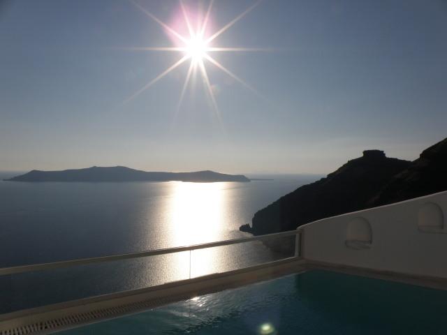 Agali Houses, Firostefani, Santorin: Sunset Suite mit privatem Pool