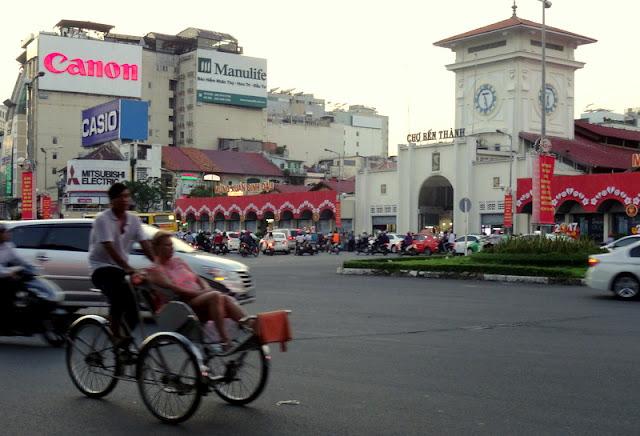 Ben Thanh rotunda