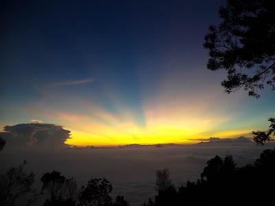sunrise dan mahameru