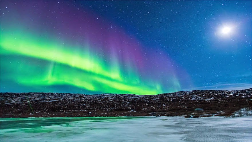 Northern Lights Hunting Iceland