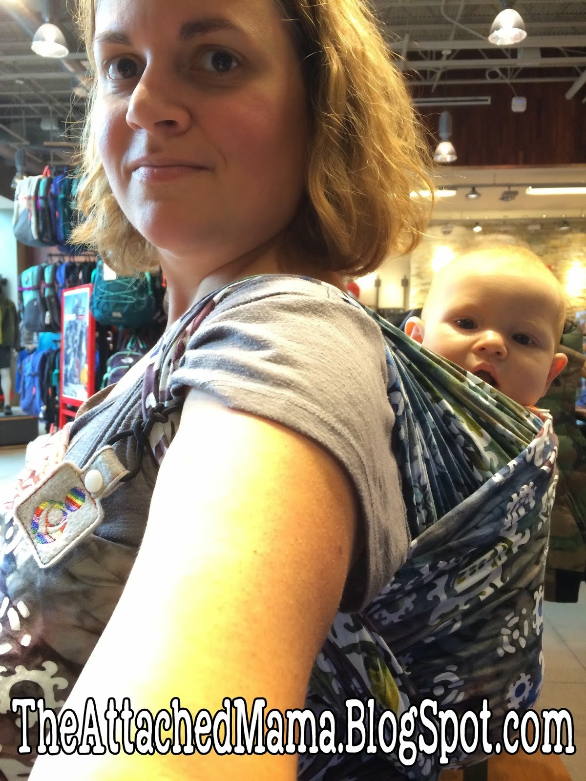 eefc117781e My understanding is that any back carry with more than one pass across the  baby is safe with this carrier