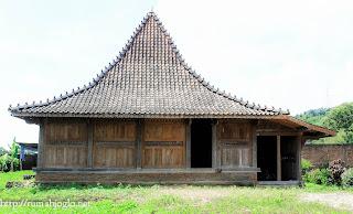Rumah Adat Kudus 4