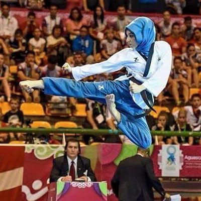 Juara Taekwondo Dunia Wanita 2016 dari Turki yang BerHijab