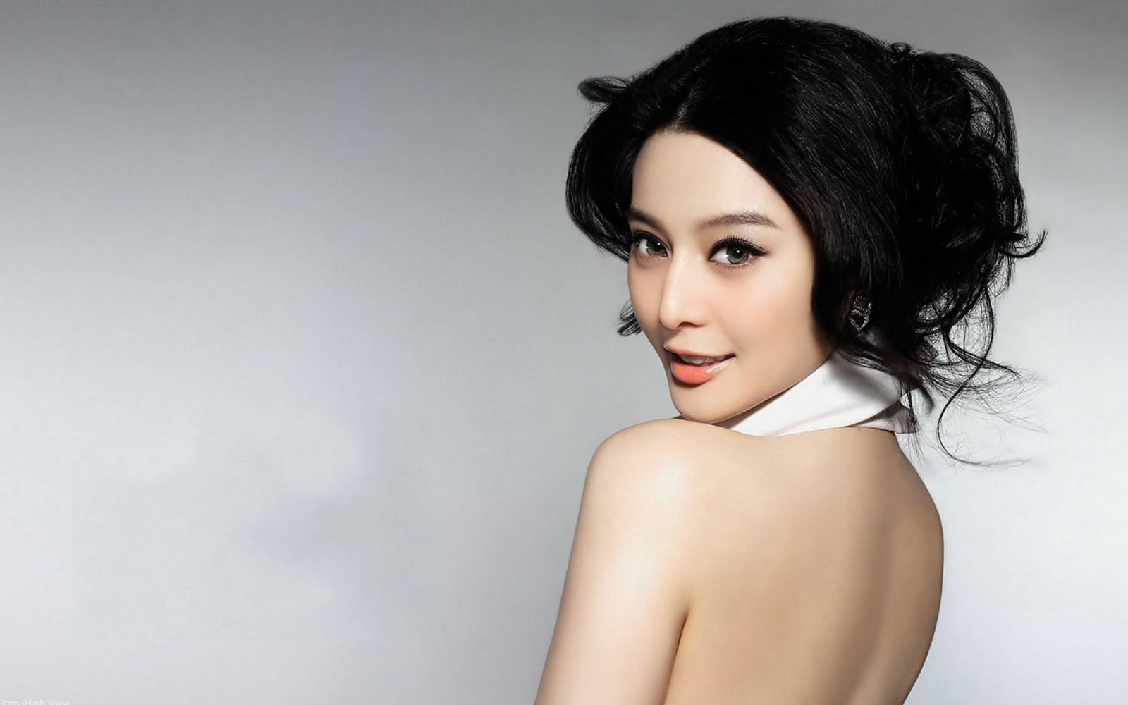 Hot Wanted Girls Fan Bingbing Chinese Actress Hot Wallpapers-7815