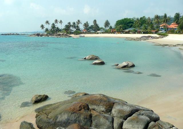 Objek wisata Pantai Parai Tenggiri Bangka Belitung 3