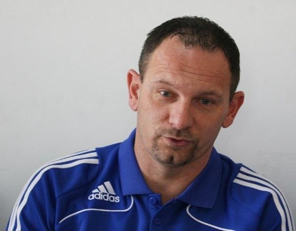 Dejan Antonic mundur dari Persib Bandung