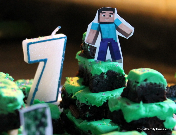 Minecraft birthday party printables crafts and games frugal homemade creeper shirts cake food and usual party stuff invitations solutioingenieria Image collections