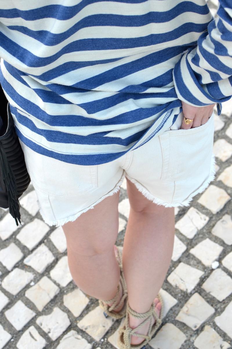 short en jean blanc Pimkie et mariniére zara