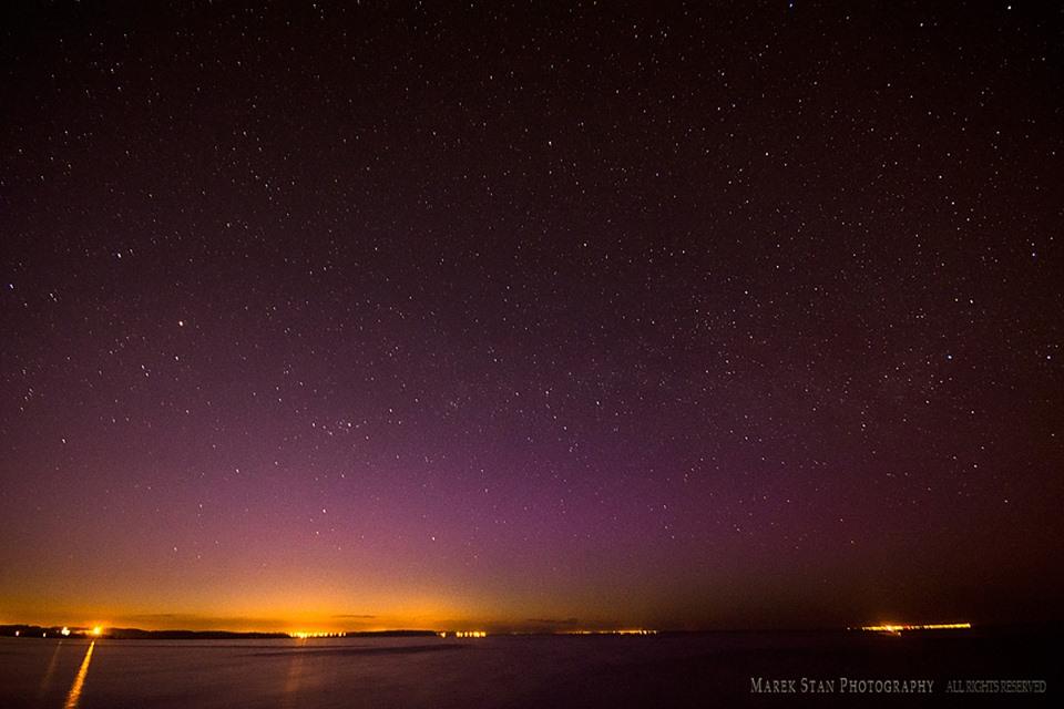 Zorza polarna sfotografowana w noc z 1 na 2 maja, godz. 22:24 CEST. Reda, pomorskie. Autor: Marek Stan