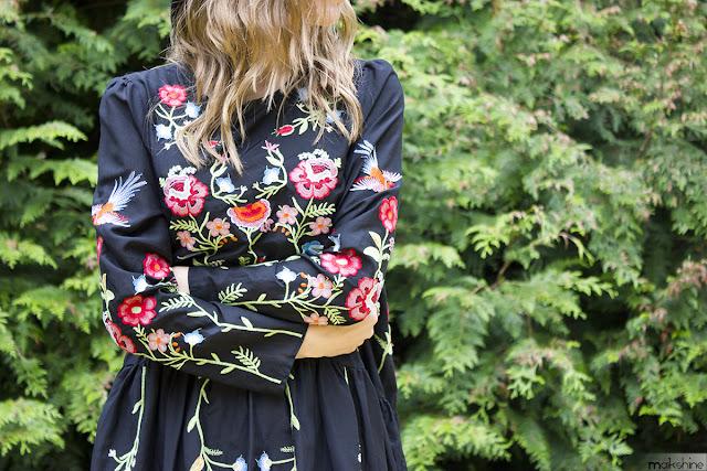 Detalles bordados vestido