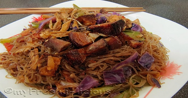 Bihon Guisado Recipe