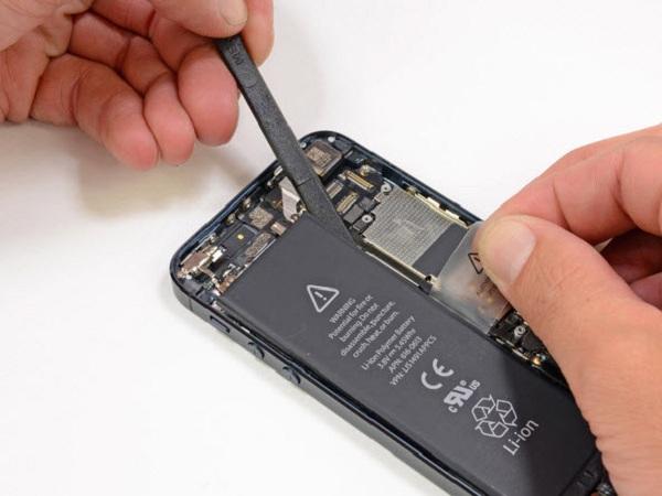 thay pin cho iPhone 6 ở đâu